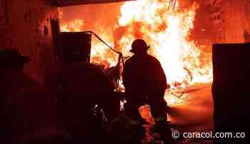 Recolección de ayudas para damnificados por incendio en Apía, Risaralda - Caracol Radio