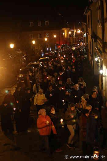 700 Teilnehmer beim Lichterzug für Opfer von Hanau in Obernburg/Elsenfeld - Main-Echo