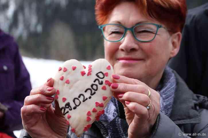 Tradition: Schaltjahr-Geburtstagskinder feiern in Bad Hindelang - Bad Hindelang - all-in.de - Das Allgäu Online!