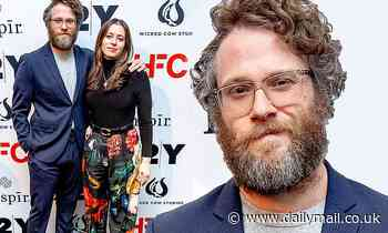 Seth Rogen cuts a svelte figure in navy as he poses up with wife Lauren Miller at 92nd Street Y - Daily Mail