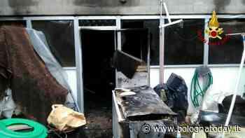 Incendio a San Giovanni in Persiceto: rimane intrappolata sul balcone - BolognaToday