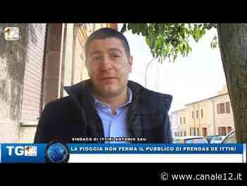 LA PIOGGIA NON FERMA IL PUBBLICO DI PRENDA DE ITTIRI - Canale 12