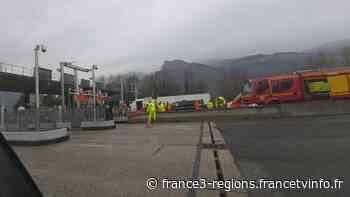 Isère : un automobiliste meurt dans un accident au péage de Voreppe, la circulation perturbée - France 3 Régions