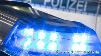 Zwei zeitgleiche Unfälle wegen Glätte: zwei Verletzte - Süddeutsche Zeitung