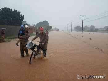 Chuva forte provoca alagamentos e moradores são socorridos Campo Novo do Parecis (MT) - G1
