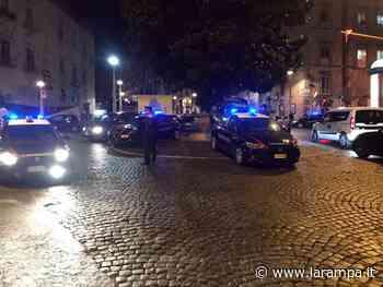 (VIDEO) 15enne morto a Napoli, Carabinieri presidiano caserma Pastrengo - La Rampa