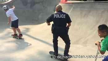Lässig: Diesem Polizisten macht auf dem Skateboard keiner was vor - Yahoo Nachrichten Deutschland