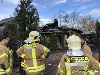 Großeinsatz der Feuerwehr: Haus in Birkenwerder nach Brand unbewohnbar - Märkische Onlinezeitung