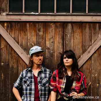 Old time/folk duo Golden Shoals in Vankleek Hill on March 6 - The Review Newspaper