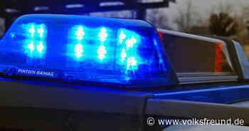 Zeugen gesucht: Unbekannter prallt mit seinem Auto bei Morbach-Hundheim gegen Verkehrsschild - Trierischer Volksfreund