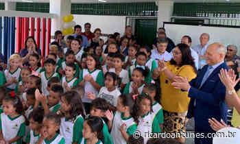 Prefeitura de Abreu e Lima entrega escola totalmente reformada para a comunidade de Caetés I - Ricardo Antunes