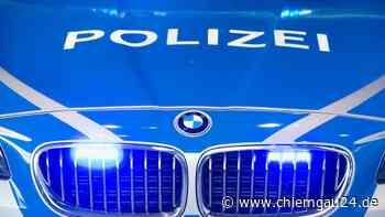 In Wiese festgefahren, gegen Polizisten gewehrt und Drogen in der Tasche - chiemgau24.de