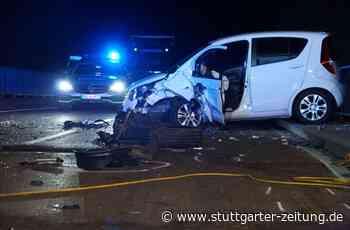 Unfall zwischen Freiberg am Neckar und Pleidelsheim - Mann fährt wohl betrunken auf Gegenfahrbahn – zwei Schwerverletzte - Stuttgarter Zeitung