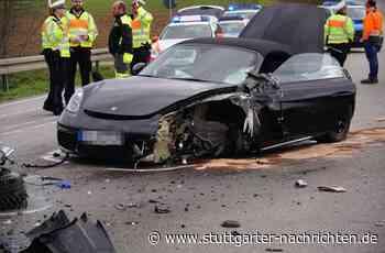 Vaihingen an der Enz - B10 nach heftigem Unfall voll gesperrt – Frau und Kind schwer verletzt - Stuttgarter Nachrichten