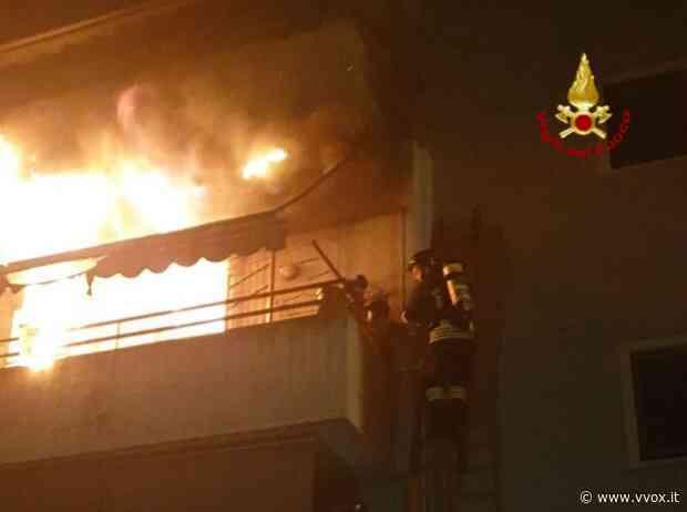 Martellago (Ve), incendio devasta casa: paura per 88enne | Vvox - Vvox