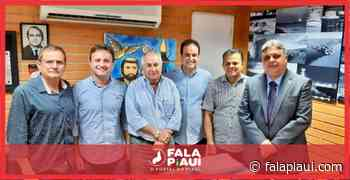 Júlio Arcoverde recebe Diego Teixeira e outros políticos na última terça-feira (2) - Fala Piauí