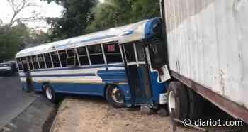 VIDEO | Accidente de tránsito deja lesionados sobre desvío de Apulo - diario1.com
