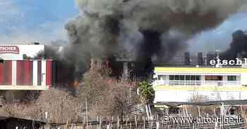 Incendio alla macelleria Pfitscher di Postal - Cronaca - Alto Adige