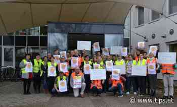 Hartheim: 35 Streikende für 35-Stunden-Woche - Tips - Total Regional