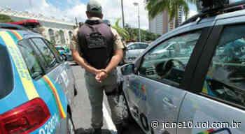 PM prende gerente do tráfico no Cabo de Santo Agostinho e apreende drogas e armas - JC Online
