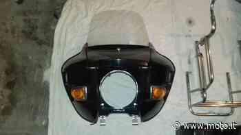 Vendo Parabrezza e borse vintage BMW GUZZI HARLEY altra marca a Bussero (codice 7923863) - Moto.it