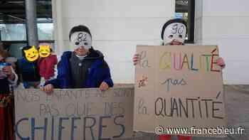 Tarnos : des parents d'élèves se mobilisent pour sauver une classe - France Bleu