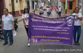 Marchan alumnas de secundaria en Tixtla contra violencia hacia la mujer - Quadratín Michoacán