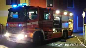 Mozzate, incendio in una casa: calo di tensione, urla e pompieri | FOTO - Il Notiziario