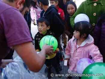 Conmueven Reyes Magos al visitar a niños con cáncer de Amecameca - Dinero en imagen