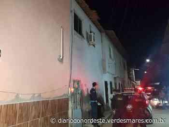 Homem é assassinado a tiros dentro de mercadinho no bairro Serrinha - Diário do Nordeste