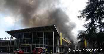 Incendio a Postal, cinque intossicati - Foto - Alto Adige