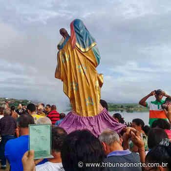 Em procissão, seridoenses festejam sangria do açude Dourado em Currais Novos - Tribuna do Norte - Natal