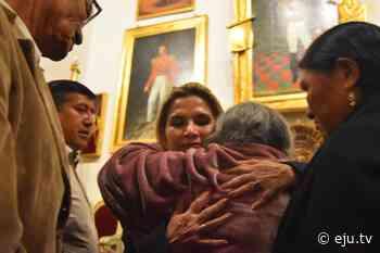 Realizamos un acto de desagravio a la ciudad de Sucre y a las víctimas de La Calancha. Las… - eju.tv