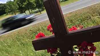 Greven: Tragischer Unfall! Autofahrerin kollidiert mit Lkw und stirbt   Greven - msl24.de