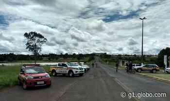 BR-452 em Tupaciguara segue interditada; Defesa Civil diz que não há risco de rompimento de represa - G1