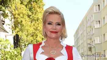 Kaum wiederzuerkennen! Claudia Effenberg trägt jetzt einen frechen Pony - RTL Online