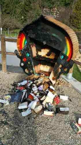 Marignier : la boîte à livres incendiée! - Le Messager