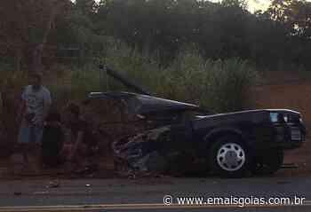 Acidente com viatura de Presídio de Ipameri e carro de passeio deixa quatro feridos na GO-330 - Mais Goiás