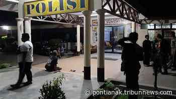 BREAKING NEWS - Polisi Amankan Sejumlah Pemuda Terlibat Perkelahian di Peniraman, Ada Korba Luka - Tribun Pontianak