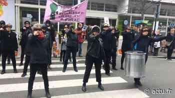 [vidéo] Mantes-la-Ville, le 8 mars : des femmes en noir et en colère - actu.fr