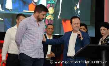 El Intendente de Olavarria reconoció a los pastores Rodriguez de Colombia - La Gaceta Cristiana