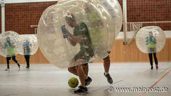 Erstes Bubblesoccer-Turnier in Rottendorf - Main-Post