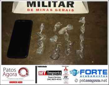 Polícia Militar apreende menor por tráfico de drogas no bairro Serra Negra, em Patrocínio - Patos Agora