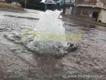 Un río de agua se derrocha en Grand Bourg - La Radio de Martin Grande