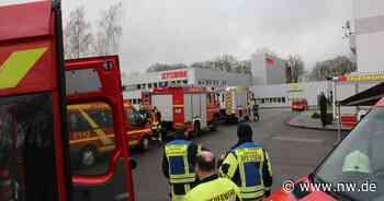 Großaufgebot der Feuerwehr bei Firma in Vlotho - Neue Westfälische