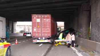 Ongeval op Antwerpse Ring zorgt voor lange files richting Nederland - Gazet van Antwerpen
