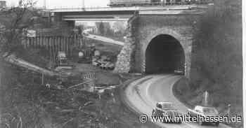 Zwischen Dillenburg und Haiger geht es lange Zeit durch ein enges Viadukt - Mittelhessen
