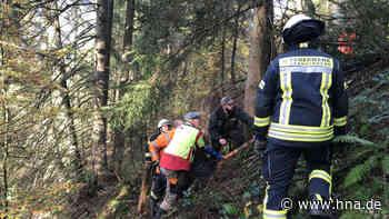 Tresor aus Teich zwischen Haina und Battenhausen geborgen - Polizei hat ihn geöffnet - hna.de
