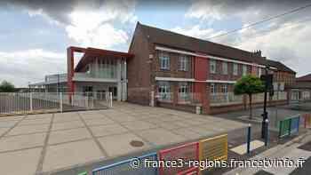Coronavirus : un couple et leur fille testés positifs à Roost-Warendin, les 18 classes d'une école fermées - France 3 Régions