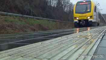 """Abgesagter Bürgerdialog in Neckarsulm Problemfall Frankenbahn macht Betroffene """"stinksauer""""   Heilbronn   SWR Aktuell Baden-Württemberg   SWR Aktuell - SWR"""